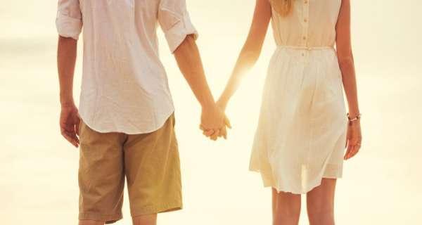 Kocanız için evlilik yıldönümü dilekleri ve tatlı romantik mesajlar