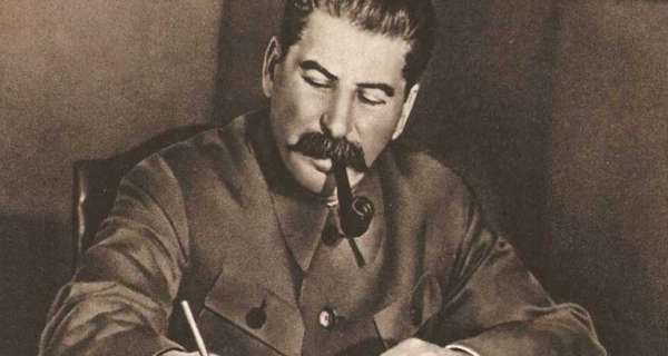 14 Joseph Stalin Komünizm, Özgürlük, İktidar, Fikirler ve Ölüm Üzerine Alıntılar
